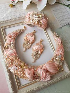 Wire Jewelry: Beaded And Beautiful Ribbon Jewelry, Bead Embroidery Jewelry, Soutache Jewelry, Silk Ribbon Embroidery, Fabric Jewelry, Wire Jewelry, Jewelry Crafts, Beaded Jewelry, Handmade Jewelry