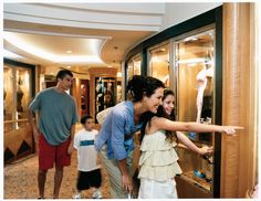 Shopping  Arcade Eastern Caribbean Cruises, Royal Caribbean Cruise, Crucero Royal Caribbean, Games To Play With Kids, Royal Caribbean International, Jewel Of The Seas, Family Fun Night, Cruise Port, Best Vacations