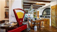 Vintage konyha fafödémes parasztházban Rokokó ágykeret a vidéki házban     Konyha olaszországi parasztházban     Hálószoba fagerendás házban     Mediterrán fagerendás terasz