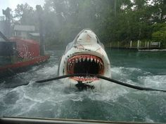 This is the jaws ride at Universal Studios Orlando Florida I used to be terrified of it but now that it's gone I really miss it