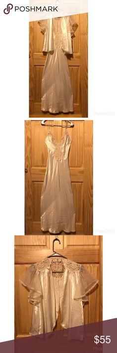 Pajama Set, Sleepwear Size XS Pajama set Sleepwear Size XS -New with tag -Size XS -Good quality, Comfy Val•Mode Lingeire Dresses Long Sleeve