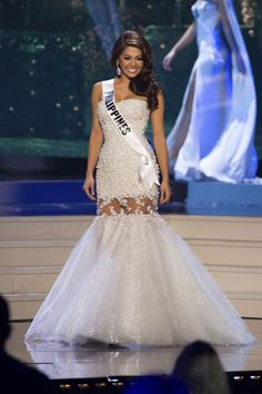 Mary Jean Lastimosa, Miss Philippines 2014 competes on stage in her evening gown during the Miss Universe Preliminary Show in Miami, Florida on January 21, 2015