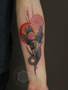 Abstract Lavendar - Logan Bramlett of Wanderlust Tattoo Abstract Flower Tattoos, Abstract Flowers, Cat Flowers, Cool Tats, Cover Up Tattoos, Tattoo Sketches, Tattoo Inspiration, I Tattoo, Tatting