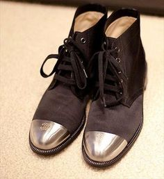 CHANEL : silver toe strap shoes   Sumally