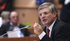 Un homófobo y antiabortista ya es comisario europeo | Sociedad | EL PAÍS