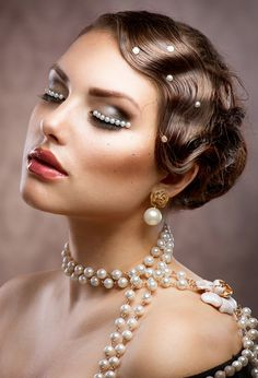The majority of women love vintage hairstyles because they are considered as very feminine and hot formal hairdos. Description from hnczcyw.com. I searched for this on bing.com/images
