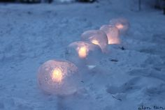 Ice Lanterns made from balloons Balloon Lanterns, Balloons, Winter Parties, How To Make Lanterns, Fire And Ice, Oil Lamps, Christmas Inspiration, Holidays And Events, Diy And Crafts