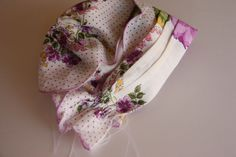 Make a baby bonnet from vintage handkerchief hankie | This Mama Makes Stuff