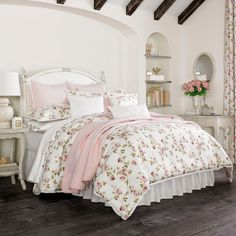 Unique solid Pink Comforter Set