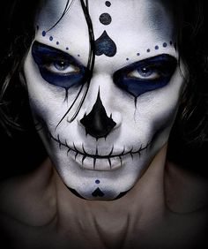 skeleton face paint. Read Full article: http://webneel.com/webneel/blog/15-mind-blowing-disney-paintings-thomas-kinkade-painter-light | more http://webneel.com/paintings . Follow us www.pinterest.com/webneel