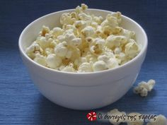For the Salty Crunchy lovers. 1 cups AIR POPPED popcorn, sprinkled with salt. Good source of fiber and a great option over chips. 50 calories- I also like to sprinkle garlic powder and nutritional yeast on my popcorn! Healthy Snacks, Healthy Recipes, Healthy Popcorn, Beer Crafts, Air Popped Popcorn, Good Source Of Fiber, Gourmet Gifts, Healthy Alternatives, Macaroni And Cheese