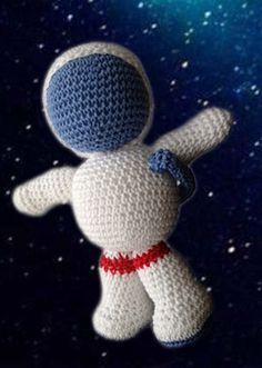 astronaut crochet - photo #11