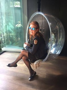 06.03.2016 Oggi la Principessa Beatrice ha pubblicato sul proprio profilo Twitter la foto di mamma Sarah
