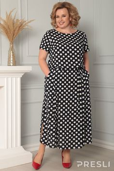 Short Sleeve Dresses, Dresses With Sleeves, Fashion, Moda, Sleeve Dresses, La Mode, Gowns With Sleeves, Fasion, Fashion Models