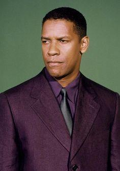 Denzel Washington   (suit Ozwald Boateng?)