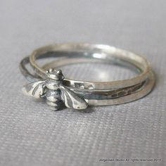 bee ring...pinned by ♥ wootandhammy.com, thoughtful jewelry.