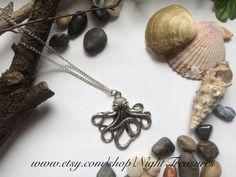 Collier Octopus sur chaîne argent antique de par NightTreasures