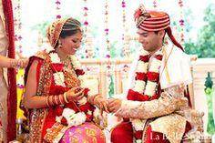 indian bride and groom,indian bride groom,photos of brides and grooms,images of brides and grooms,indian bride grooms,indian wedding photogr...