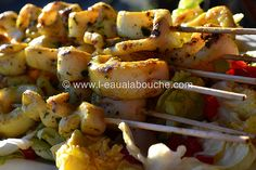 Brochettes de Seiches au Curry à la Plancha Actifry, Shrimp, Seafood, Bbq, Food And Drink, Meat, Chicken, Cooking, Curry