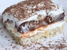 Robert Redford Cake  1 stick butter 1 c flour 1 c chopped pecans 8 ozcream cheese 1 c powdered sugar 1 c cool whip 1 small box chocolate pudding 1 small box vanilla instant pudding 2 c milk Combine oleo, flour and nuts. Press into 9 x 13 inch pan and bake at 350 degrees for 20 minutes. Cool. Fill with the following blend - cream cheese, powdered sugar and Cool Whip. Top with the pudding mixture - both pudding packages mixed with 2 cups milk. Top with rest of Cool Whip
