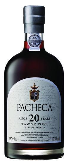 Dieser Wein wird aus sehr traditionellen Rebsorten produziert: Touriga Nacional, Touriga Franca, Tinta Barroca und Tinta Roriz. Am Gaumen präsentierten sich Noten nach Kakao, Butterscotch und Trockenfrüchten. Der Abgang ist lang und sehr fein. Joel Robuchon, Whiskey Bottle, Vodka Bottle, Wine, Kakao, 40 Years, Drinks, Portugal, Bottles