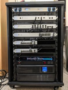 Network Rack, Best Home Automation, Rack Solutions, Structured Wiring, Diy Pc, Audio Rack, Server Rack, Lab Tech, Nice Rack
