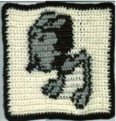 Crochet pattern for an afghan square featuring the Rebel Alliance symbol/logo from the Star Wars universe by George Lucus. Star Wars Crochet, Crochet Stars, Crochet Quilt, Tapestry Crochet, Crochet Blankets, Crochet Gifts, Crochet Ideas, Crochet Projects, Hama