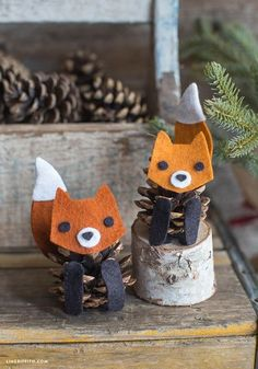 Handicrafts with pine cones - the 15 most beautiful DIY handicraft ideas - Fall Crafts For Kids Kids Crafts, Pinecone Crafts Kids, Fox Crafts, Autumn Crafts, Fall Crafts For Kids, Nature Crafts, Animal Crafts, Diy For Kids, Craft Projects