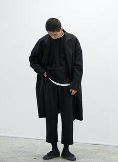 Men fashion, black outfit