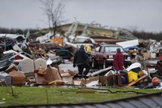 The tumultuous snowstorm will blitz Texas and New Mexico after moving west from Oklahoma, where fierce winds, rain and snow left people injured and hundreds of homes damaged. Interstate 40, Weatherford Texas, Texas Storm, Tornado Damage, Loss Of Loved One, Dallas Morning News, Storage Facility, Tornadoes, New Mexico