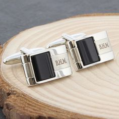 These elegant and stylish cufflinks feature a black onyx detail and make a fantastic gift for that special man in your life They also make great