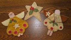 "The Pattern Cupboard ·· ""Christmas Angels and Star"" ·· Penny Rug Ornaments ·· Star measures x ·· Angels measure x Motifs Applique Laine, Wool Applique Patterns, Felt Applique, Christmas Ornaments To Make, Christmas Angels, Christmas Crafts, Felt Ornaments Patterns, Handmade Ornaments, Christmas Applique"
