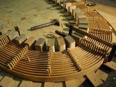Bilderesultat for bending wood Woodworking Techniques, Woodworking Projects Diy, Woodworking Jigs, Wood Projects, Woodworking Equipment, Woodworking Magazine, Carpentry, Furniture Repair, Furniture Making