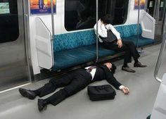 SGSST | karoshi, la muerte por exceso de trabajo que en Japón es un problema de salud pública.