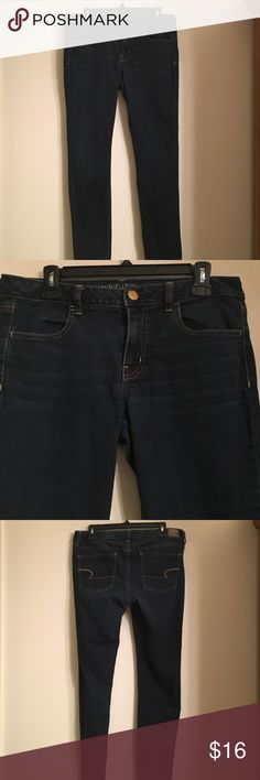 American Eagle Dark Wash Jeggings Barely worn dark wash jeggings from American Eagle. American Eagle Outfitters Jeans Skinny