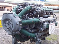 This thing is freaking BEAST! Looks fantastic as well (resembles a squid imo lol)! The Zvezda M503 was a maritime 7 row, 42 cylinder diesel radial engine built in the 1970s by the Soviet Union.