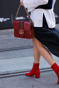 Cool Chic Style Fashion : who what wear - australian fashion week street style - Photo: Liz Sunshine