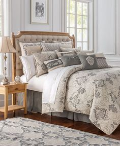 Waterford Maura Queen Comforter Set