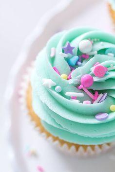 Vanilla Nutella Cupcakes