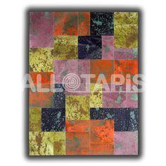 Le tapis Paterna est un tapis design et élégant! Composé de nombreux carrés et rectangles aux motifs et aux couleurs différents, ce tapis se veut design et de qualité grâce à sa matière et son mode de fabrication!