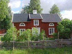 Cute country cottage!