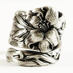Day Lily Spoon Ring Lovely Frontenac Victorian Era by Spoonier