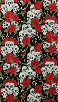 Hermoso skull con corona de rosas