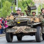 Slavnosti svobody budou s konvojem ale s málo veterány Golf Carts, Military Vehicles, Ale, Monster Trucks, Army Vehicles, Ale Beer, Ales, Beer