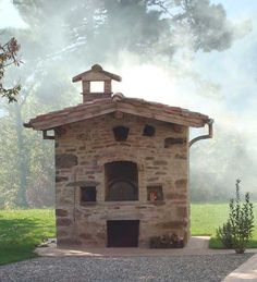 Image:  la bella barga:   Le Colline - a farmhouse villa in Italy that you can rent has this pizza oven in the garden. The ancient city of Barga is situated north of Lucca in Northern Tuscany.