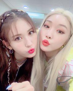 190628 chungha_official IG updated with Somi🧡 Jeon Somi, K Pop, South Korean Girls, Korean Girl Groups, Kim Chanmi, Kim Chungha, I Love You Girl, Girl Celebrities, Pop Idol