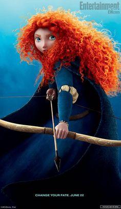 La joven princesa Merida, no le gustan los vestidos ni los príncipes, quiere ser arquera y guerrera ANIMACION