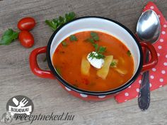 Paradicsomos zöldbableves Thai Red Curry, Ethnic Recipes, Food, Red Peppers, Meal, Essen, Hoods, Meals, Eten
