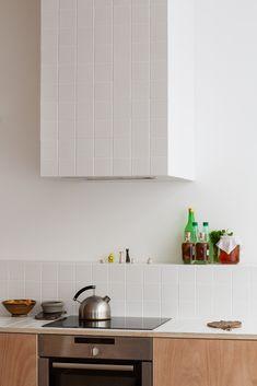 Apartment Interior, Apartment Design, Kitchen Interior, Home Interior Design, Interior Architecture, Interior Decorating, Kitchen Dinning, Kitchen Decor, Kitchen Design