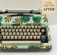 Une vieille machine à écrire customisée